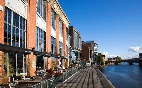 York restaurants by the water for great views.